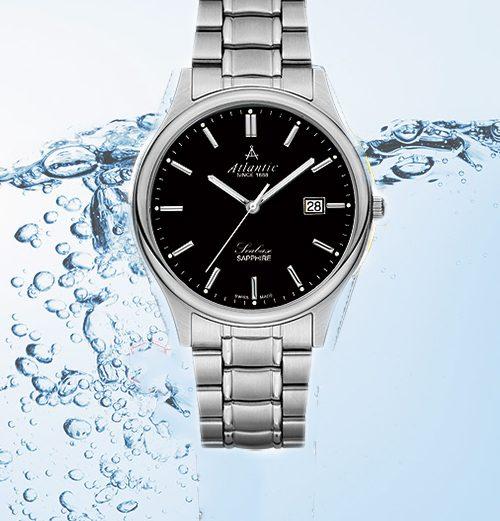 Đồng hồ đeo tay bị nước vào xử lý như thế nào?