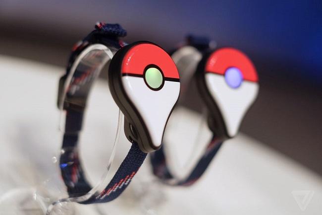 Điều cần biết về đồng hồ đeo tay Pokemon GO Plus