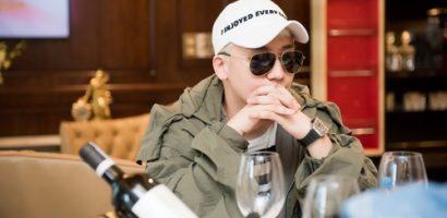 Seung Ri Big Bang đeo đồng hồ 1,5 tỷ đồng tới Việt Nam