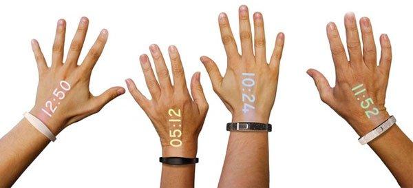 Khám phá đồng hồ thông minh Ritot có thể hiển thị nội dung trên bàn tay