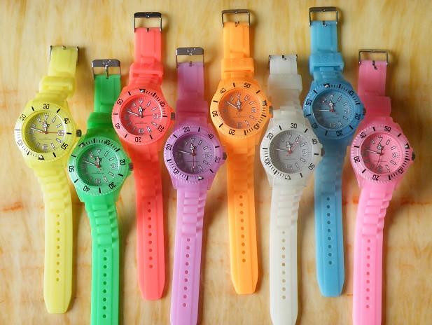 Gợi ý lựa chọn đồng hồ đeo tay Fake trên thị trường