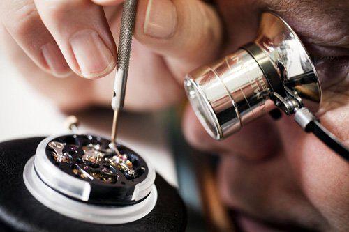 """Lý giải mức giá """"trên trời"""" của đồng hồ Rolex đắt đỏ nhất thế giới"""