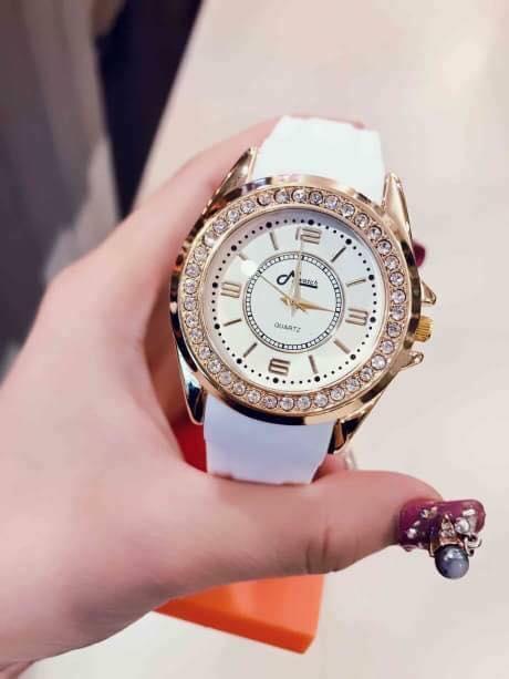 Có nên mua đồng hồ thái lan giá rẻ 300.000 đồng