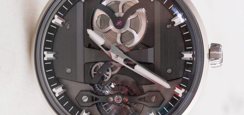 Đánh giá đồng hồ Girard-PerregauxFree Bridge sang trọng và đắt đỏ