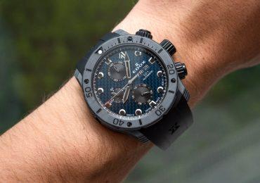 Đánh giá đồng hồ Edox CO-1 Carbon Chronograph màu xanh dây nhựa